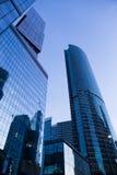 Byggnader av den moderna affärsmitten Royaltyfri Foto