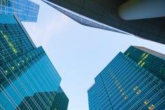 Byggnader av den moderna affärsmitten Fotografering för Bildbyråer