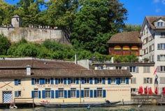 Byggnader av det historiska området Schipfe i Zurich, Switzerl Arkivbild