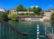 Byggnader av det Schipfe området i Zurich, Schweiz Royaltyfri Fotografi