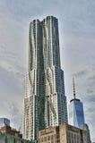 Byggnader av Manhattan New York vid Gehry Arkivbild