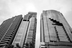 Byggnader Benjakiti parkerar förutom, Bangkok Fotografering för Bildbyråer