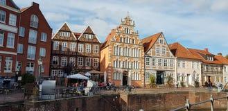 Byggnader för gammal stil i en tysk by royaltyfri foto