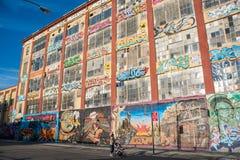 byggnader för grafitti 5Pointz Arkivfoto