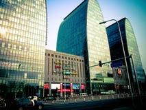 Byggnader för Xizhimen PekingKina exponeringsglas Royaltyfria Bilder