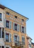 Byggnader i Annecy, Frankrike Arkivfoton