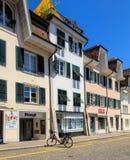 Byggnader i den gamla staden av Solothurn, Schweiz Royaltyfria Bilder