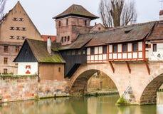 Byggnader i den tyska staden av nuremberg Arkivbilder