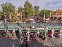 Byggnader i Frontierland på Disneyland parkerar royaltyfria bilder