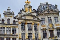 Byggnader i Grand Place eller Grote Markt i Bryssel, Belgien Arkivbild