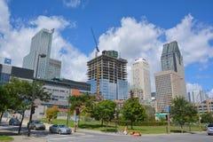 Byggnader i i stadens centrum Montreals Arkivfoton