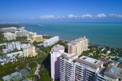 Byggnader i Key Biscayne Florida arkivfoton