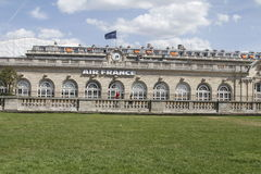 Byggnader i Paris Royaltyfri Fotografi