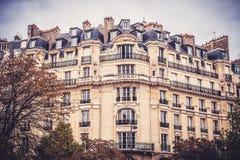 Byggnader i Paris Arkivfoto