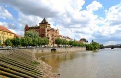 Byggnader i Prague Royaltyfri Fotografi
