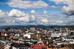 Byggnader i i stadens centrum Oslo 3 Arkivbilder