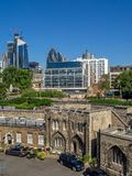 Byggnader inom torn av London fotografering för bildbyråer