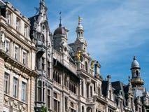 Byggnader längs Meir Street Antwerp Royaltyfri Bild