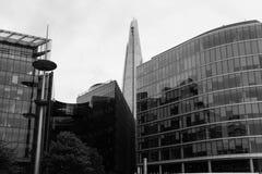 byggnader moderna london Arkivfoto