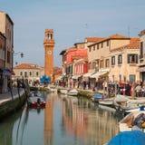 Byggnader och det Klocka tornet i Murano Fotografering för Bildbyråer
