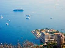 Byggnader och fartyg i Monaco Royaltyfri Fotografi