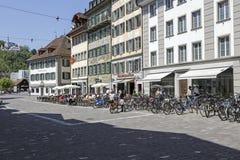 Byggnader på fyrkanten i Lucerne Royaltyfria Foton