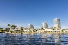 Byggnader på sjösidan av Fort Lauderdale Royaltyfri Bild