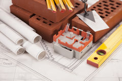 Byggnads- och konstruktionsutrustning och home modell Arkivfoton