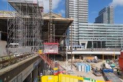 Byggnadsaktiviteter på den nya centralstationen av The Hague, Nederländerna Fotografering för Bildbyråer