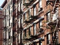 Byggnadsbrandflykter i New York City USA royaltyfria foton