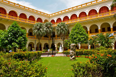 byggnadscartagena colombia historisk universitetar Royaltyfri Foto