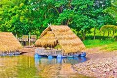 Byggnadshouseboat Arkivfoto