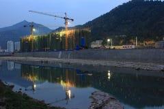 Byggnadskonstruktion i bergen Royaltyfria Bilder