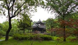 byggnadslake gammala spensliga västra yangzhou Arkivbild