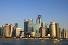 byggnadslujiazui moderna shanghai Fotografering för Bildbyråer