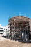 Byggnadsplats av en ny kontorsbyggnad i Hilden Arkivfoto