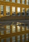 byggnadsrefrectionskola Arkivbild