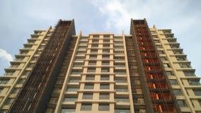 Byggnadsskyskrapa på Chennai högväxt modern arkitektur arkivbild