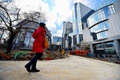 Byggnationer nära Europeiska kommissionenhögkvarteren Royaltyfri Foto