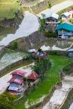 Byhus nära risterrassfält Fantastisk abstrakt textur Banaue Filippinerna Arkivbild