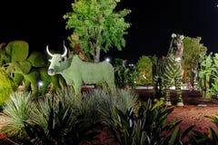 Byk, słonie i zebra robić krzaki, Botaniczny expo 2016 Fotografia Royalty Free