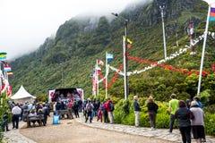 Bymass i bergen i norden av ön av madeiran Fotografering för Bildbyråer