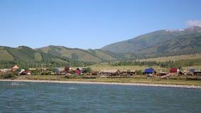 Byn av det Tungur berget Altai Ryssland stock video