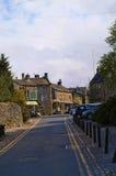 Byn av Grassington i de Yorkshire dalarna och Linton Falls Arkivfoton