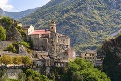 Byn av Saorge, Alpes-Maritimes, Provence i Frankrike Royaltyfri Fotografi