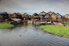 Byn på vattnet Fotografering för Bildbyråer