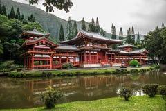 Byodo-en el templo en el valle de los templos en la isla de Oahu, Hawaii fotografía de archivo