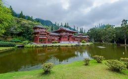 Byodo-i templet dal av templen, Hawaii arkivbilder