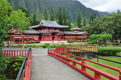 Byodo-In Temple, Oahu. Byodo-In Japanese Temple in the Valley of the Temples, Oahu, Hawaii--replica of the famous temple by the same name in Kyoto, Japan Royalty Free Stock Images