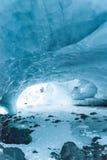 Byron Glacier Ice Cave Imágenes de archivo libres de regalías